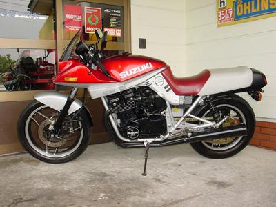 SUZUKI GSX1100Sカタナ